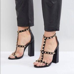 Raid Vibe Black Block Heel Studded T Strap Sandal